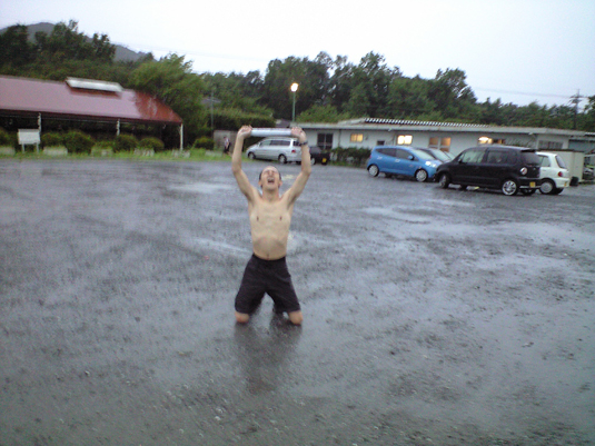 かつてない土砂降り